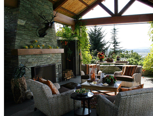 Backyard Covered Patio Design Ideas 500 x 378